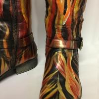 Phoenix, boot detail